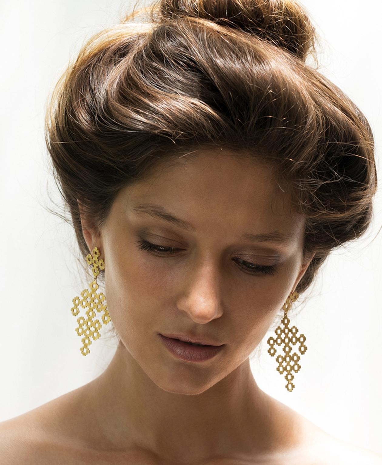 Chimi Earrings - Image