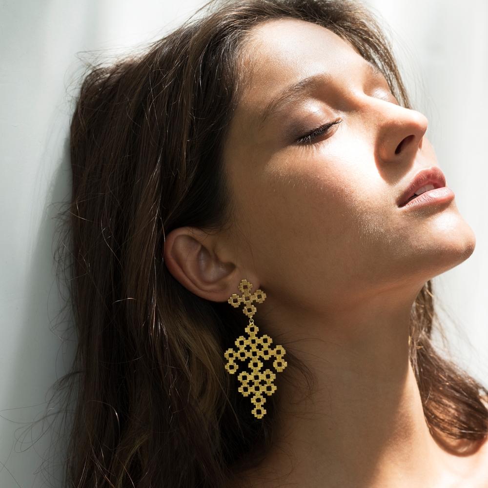 Chimi Earrings