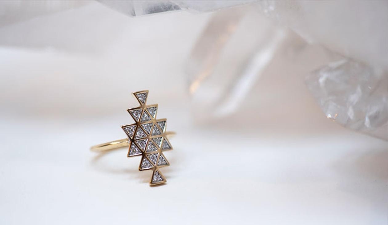 Cosmic Union Ring / 9k Yellow Gold / Diamond