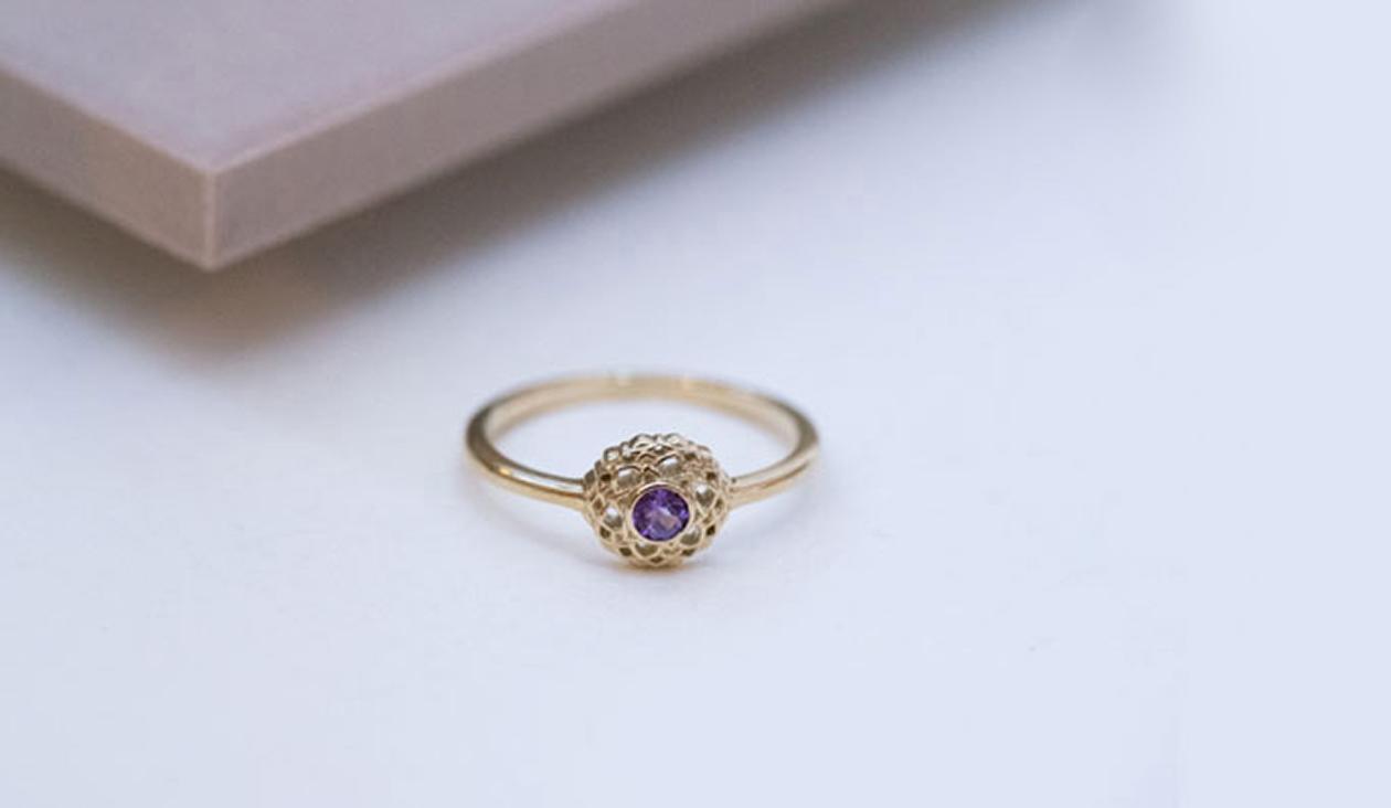 Crown Chakra Ring / 9k Yellow Gold / Amethyst