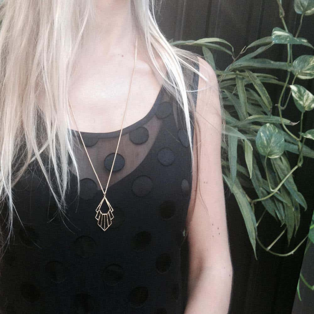 Flossie Necklace | Hover Image