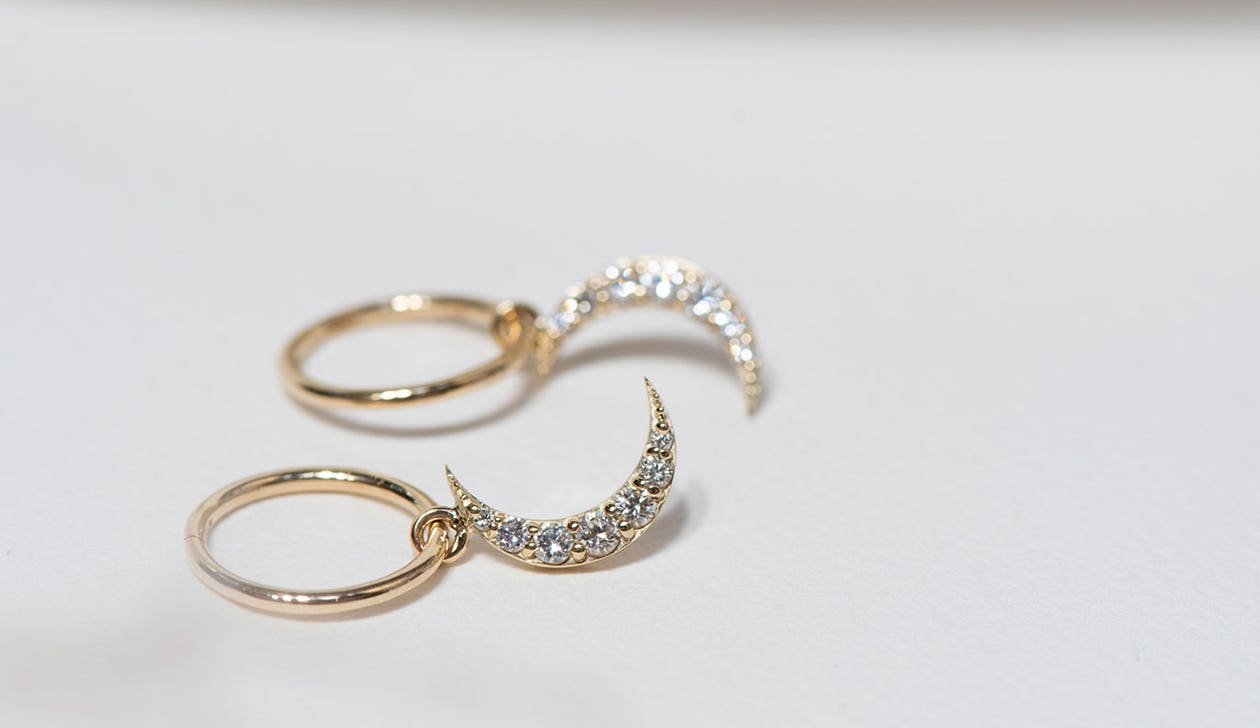 Luna Diamond Hoops / 9k Yellow Gold / Diamond