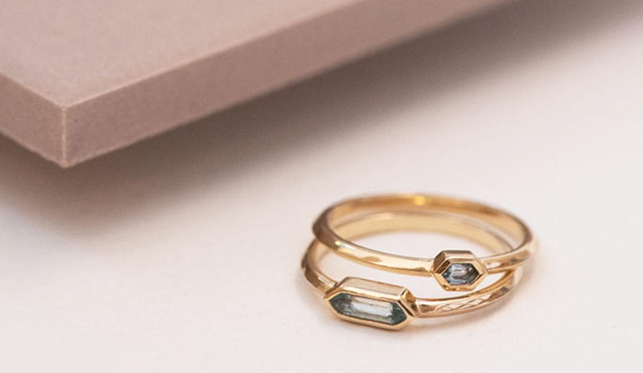 Manaslu Ring / 18k Yellow Gold / Aquamarine