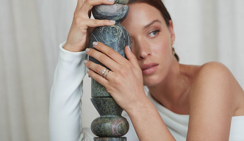 Mon Cheri Engagement Ring / Platinum / 1.0 Carat Emerald Diamond