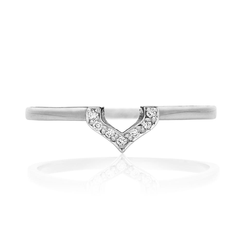 Petal Ring. 9k White Gold / Diamond. - Image