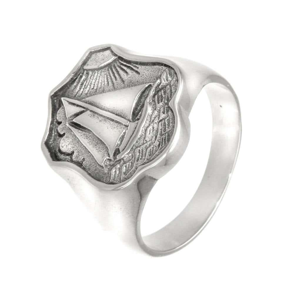 Seven Seas Ring | Hover Image