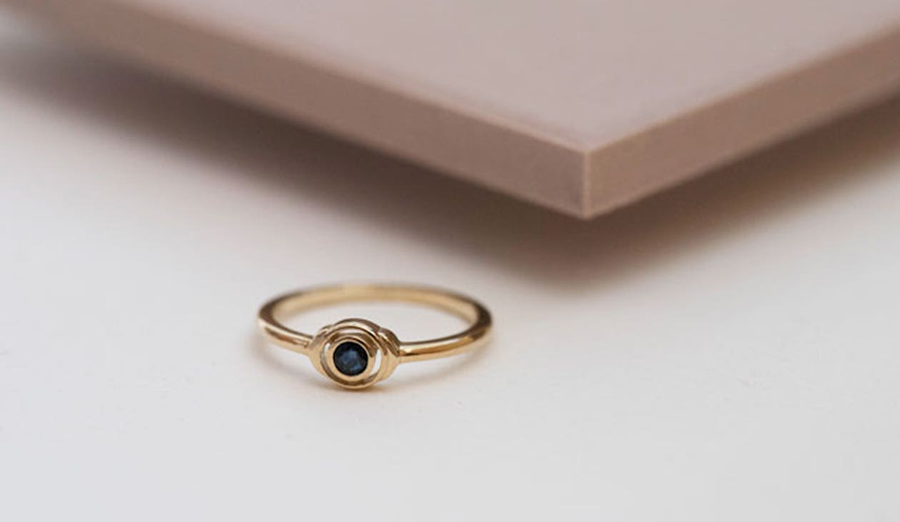 Third Eye Chakra Ring / 9k Yellow Gold / Blue Sapphire