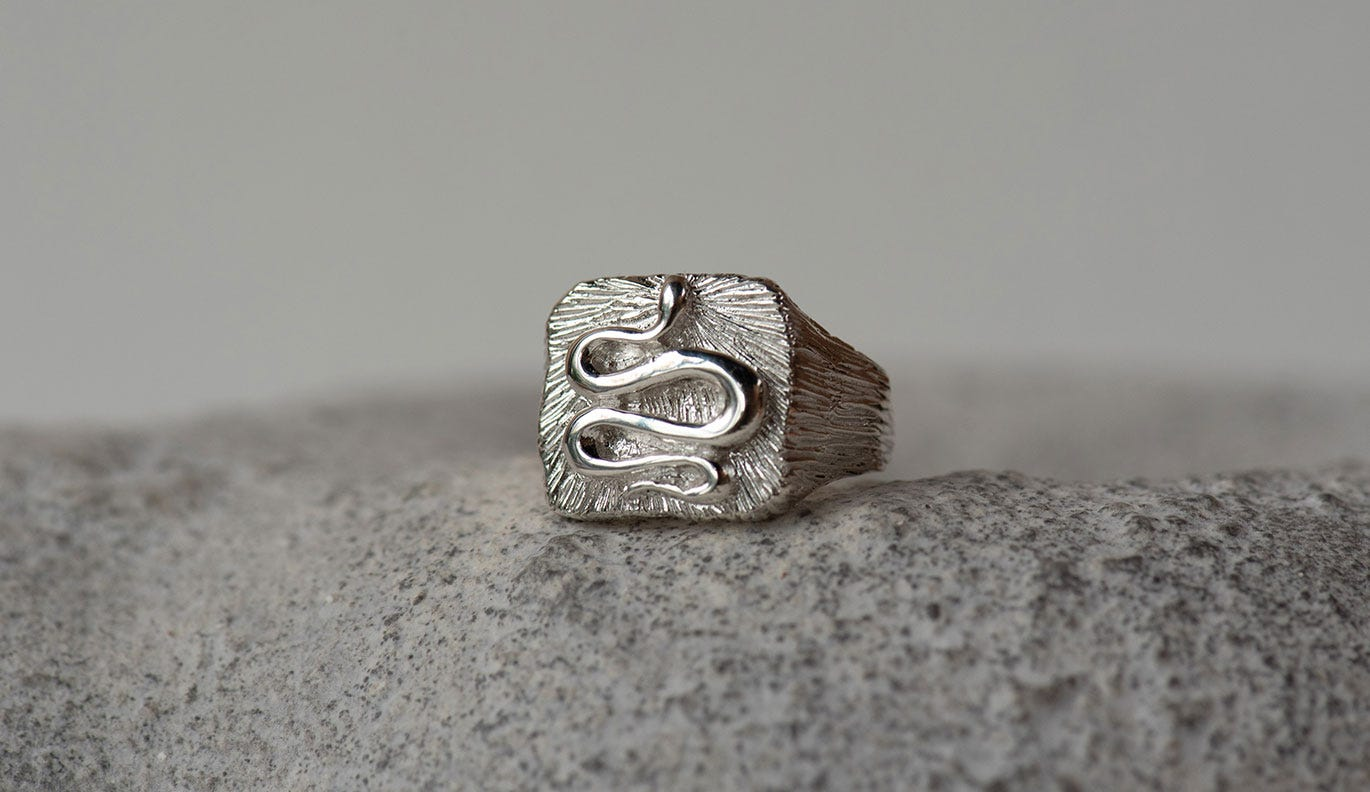 Wisdom Men's Signet / 925 Sterling Silver