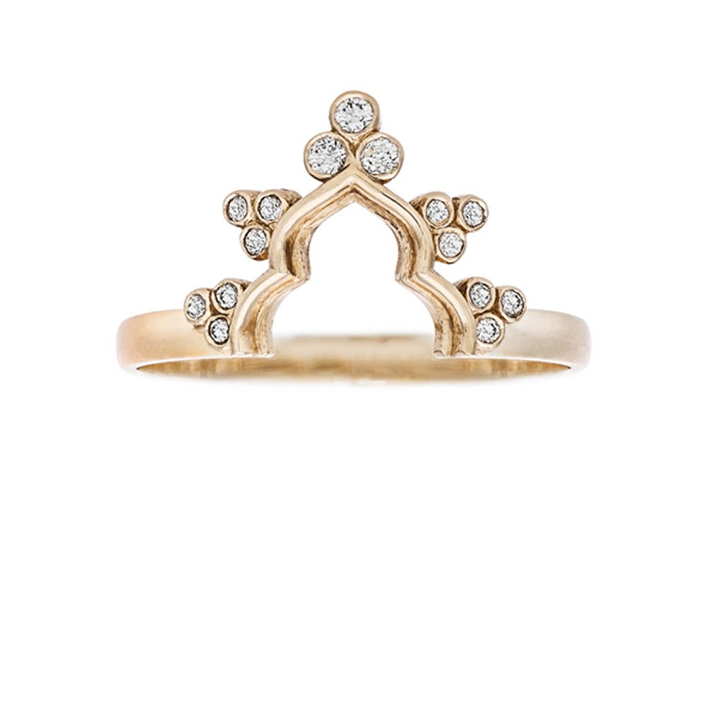 Zahra Ring. 9k Yellow Gold / Diamond