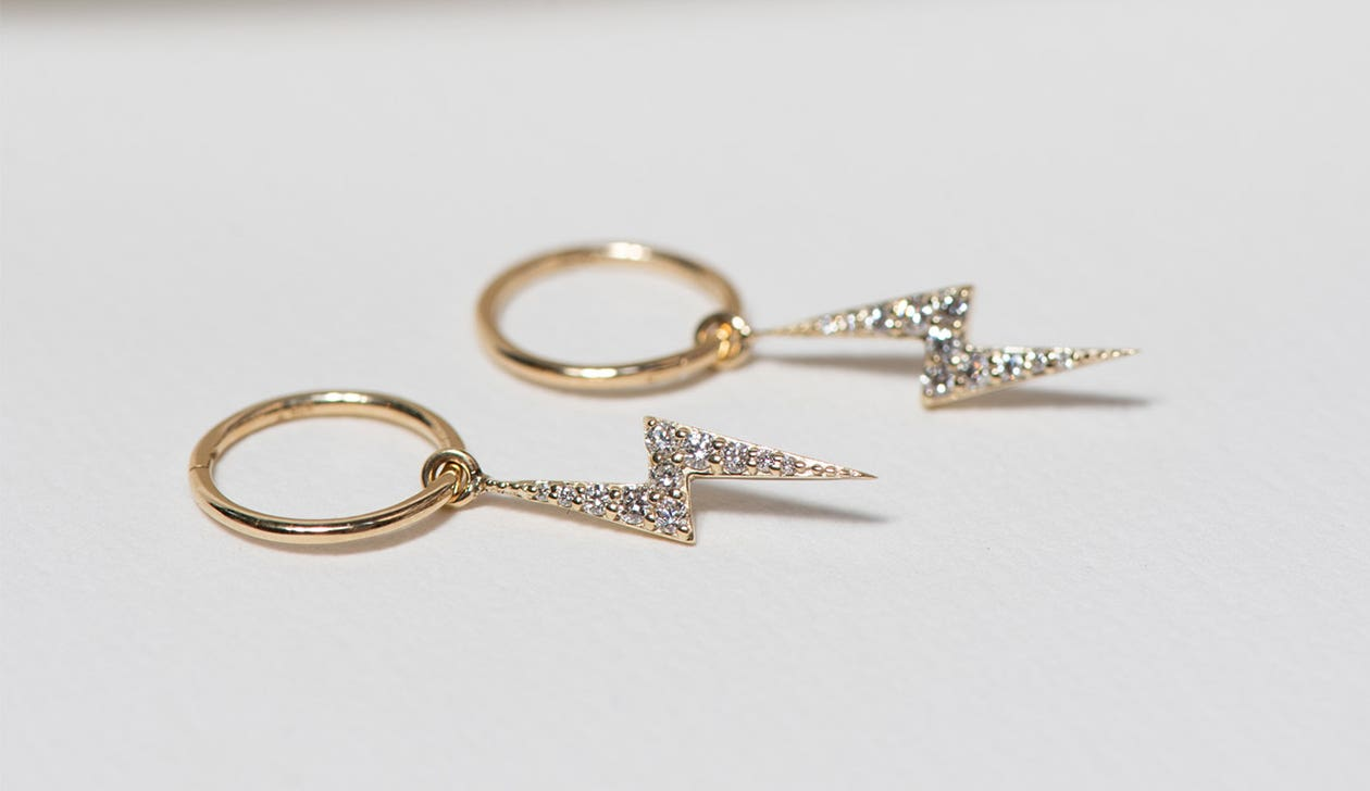 Zap Diamond Hoops / 9k Yellow Gold / Diamond